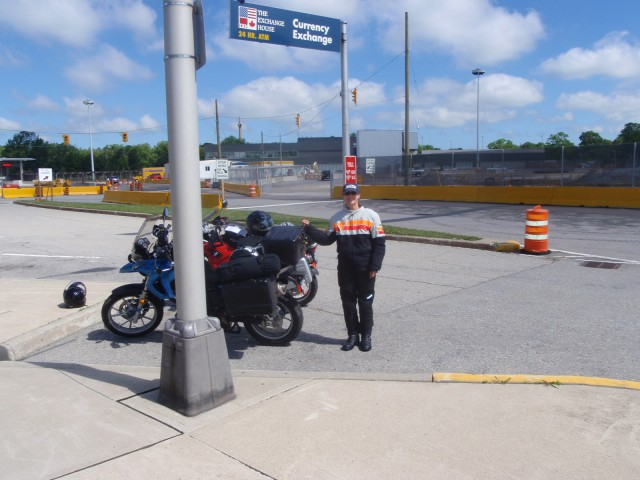 AT THE BORDER: THE BOUNDARY BETWEEN CANADA AND THE U.S.