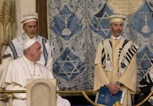 Pope Francis visiting the Great Synagogue in Rome, January 17, 2016